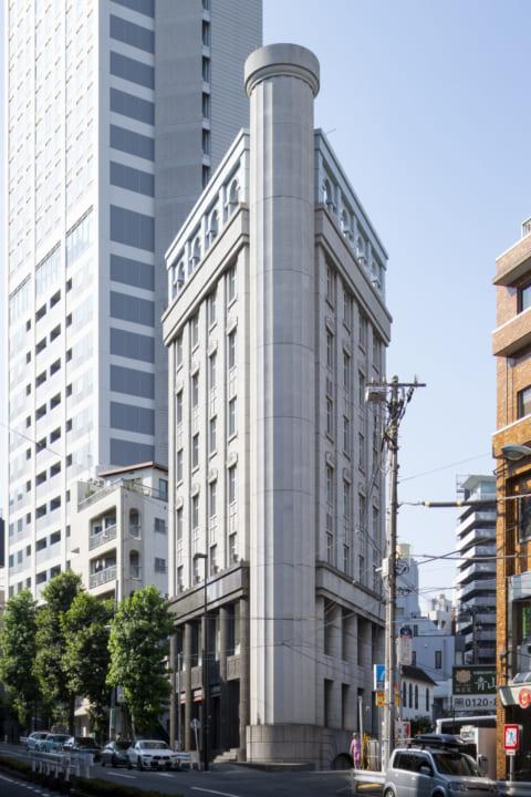 オフィスとコントラクトショールームが統合された 「FRITZ HANSEN TOKYO」が東京・南青山にオープン