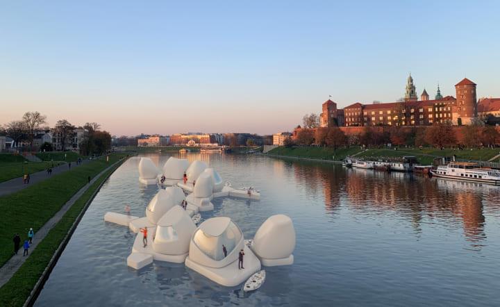 ポーランドのデザイナーAgnieszka Białekが考案 川に浮かべるコワーキングスペース