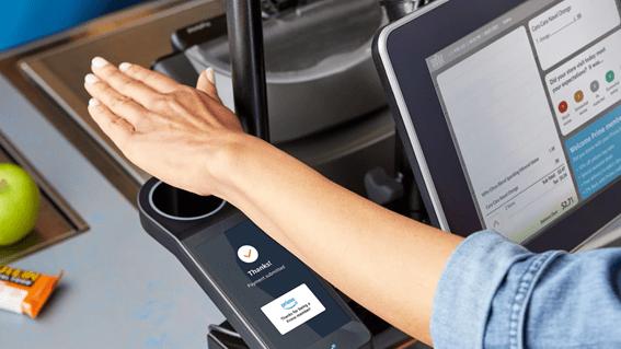 非接触式の手のひら決済システム 「Amazon One」がシアトルのスーパーで導入を拡大