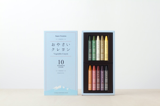 青森県産の野菜の色と匂いがする 規格外品や端材を使用した「おやさいクレヨン」
