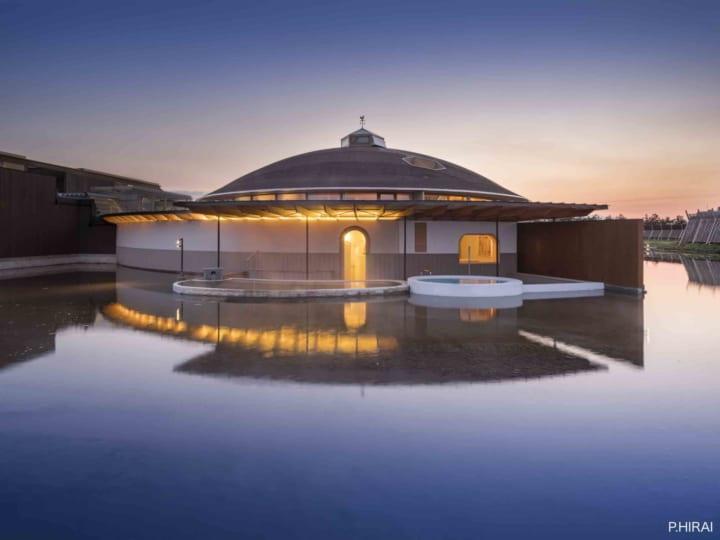 山形県鶴岡市に建築家・坂茂が設計した スパ棟「SHONAI HOTEL SUIDEN TERRASSE」登場