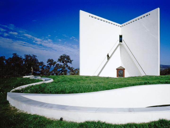 ヴェネチア・ビエンナーレ国際建築展 イタリア館がエミリオ・アンバースの代表作を展示