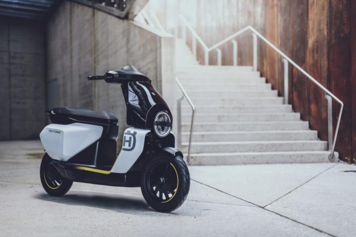 ハスクバーナ・モーターサイクルズから 初となる電動スクーター「Vektorr Concept」登場