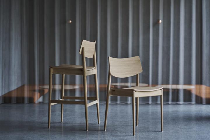 ブルーボトルコーヒー渋谷カフェのために デザインされたKarimoku Case Studyのチェアコレクション