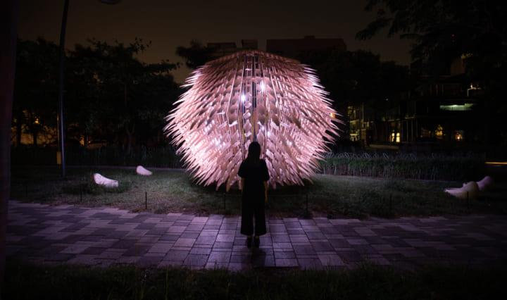 公共スペースに新しい灯りをもたらす 照明インスタレーション「The Living Lantern」
