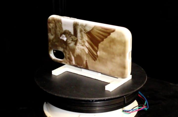 UVを使ってアイテムのデザインを 何度も変えられるプリント技術