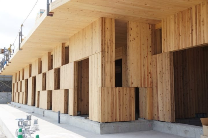 構造計画研究所が新しく開発した 木製パネル耐震壁「CLT市松ブロック壁」