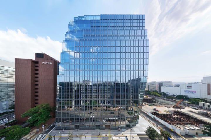 OMA/重松象平がデザインした 福岡市の「天神ビジネスセンター」