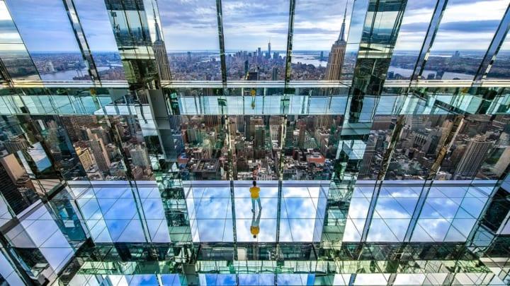 ニューヨークの絶景を楽しむ Kenzo Digitalの没入型インスタレーション「Air」